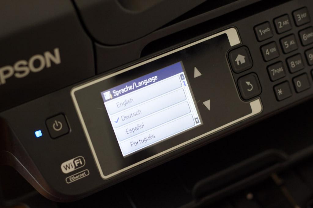 Touchscreen des WF2660 zeigt die Einrichtung